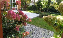 Ogród ze świdermajerem (30)